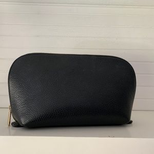 Cuyana Clamshell Travel Case, Black Leather